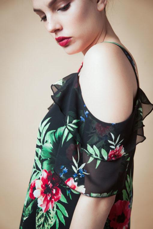 Blusa de Gasa Floreada. Cómoda , venta de ropa por mayor en Flores. Fabricantes de Vestidos , Blusas , Remeras y Palazzos