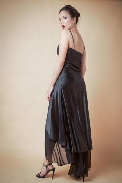 Vestido combinado en raso y gasa.Cómoda , venta de ropa femenina por mayor en el Barrio de Flores . Fabricantes de Vestidos , Enteritos , Blusas , Palazzos.